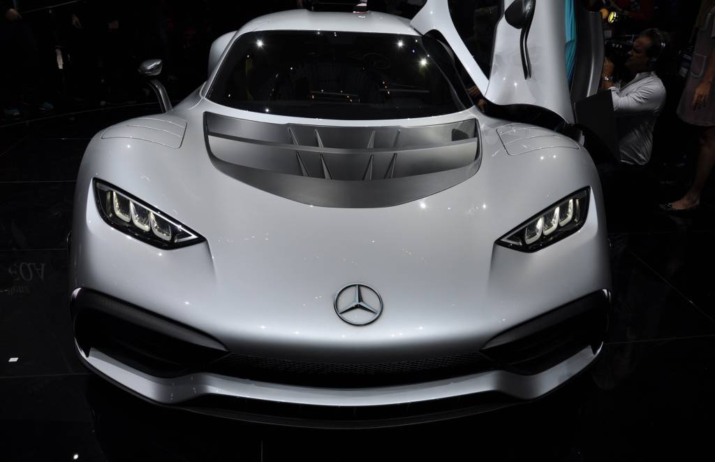 8. Kehebatan Mercedes AMG Project One Mesin F1