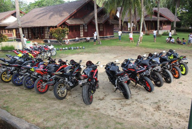 Beginilah Touring Sehat Indonesia CBR250RR Owner